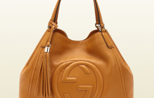 Luxury shoulder hangbag signed by Gucci