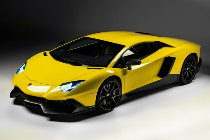 Lamborghini Aventador LP720-4 50°