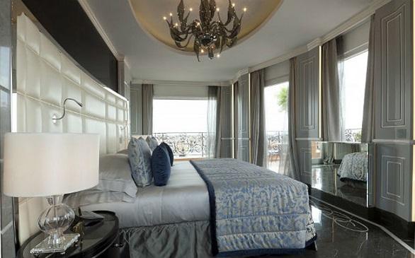 Roman Penthouse Suite, bedroom