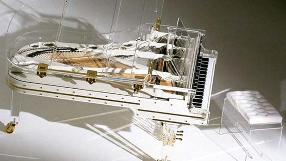 Heintzman Crystal piano