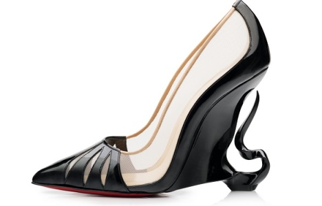 Angelina Jolie joins Louboutin to create the new Maleficent heels