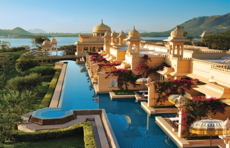 Oberoi Udaivilas | A luxurious palace hotel in the most romantic Indian city