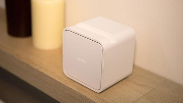 Ultra Short Throw Portable Projector