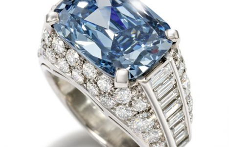 Bulgari Ring  | The World's Most Expensive Blue Diamond, Sold For The Reco...