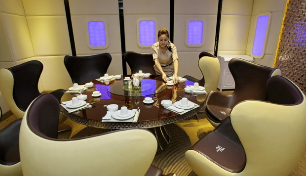 The Airbus A380 restaurant in China | First class flight