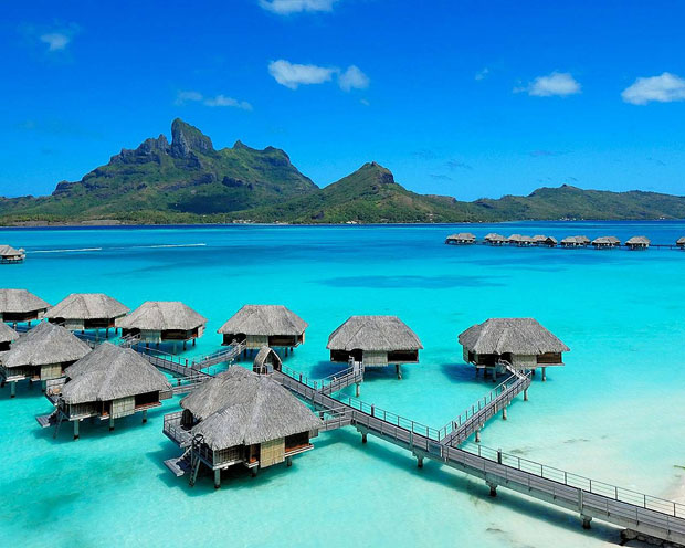 Four Seasons Bora Bora in Tahiti | A luxury Five-Star Resort in French Polynesia