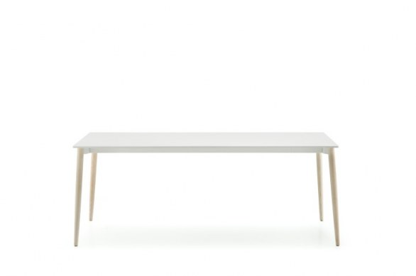 Pedrali chairs and tables design