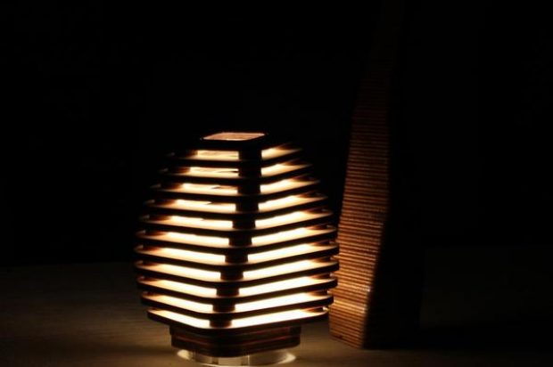 Mario Gorini design: Beehive table lamp