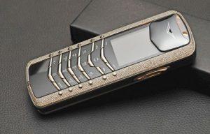 Vertu Signature Diamonds   Luxury mobiles