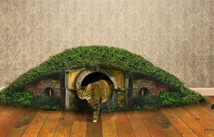Three original and luxurious homes for cats