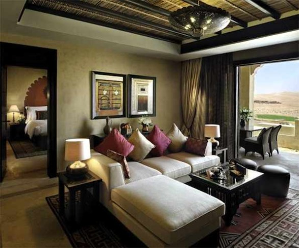 suite interior Qasr Al Sarab Desert Resort
