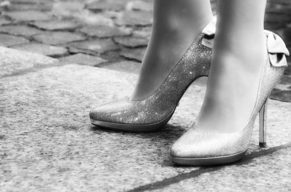 Here's How to Wear High Heels Without Killing Your Feet