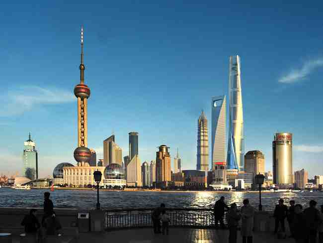 7 of the Tallest Buildings in the World You Should Visit