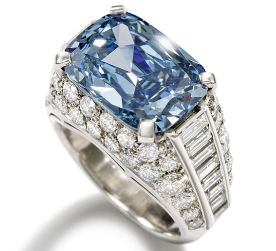 Bulgari Ring  | The World's Most Expensive Blue Diamond, Sold For The Record Price Of $ 9.5 Million