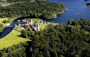 Ireland: sleeping in a castle (five stars)