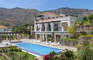 Magnificent luxury villa on the enchanting island of Crete