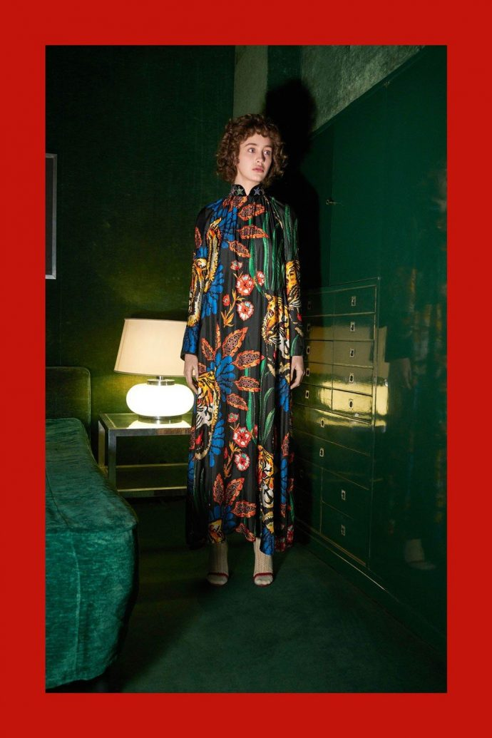 c4625b19 The images show some of the cult looks of the Gucci collection for fall-winter  2018-2019, that is, the outfits that we are going to show off exactly in a  ...