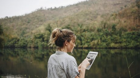 The Impact of Internet Use on the Environment